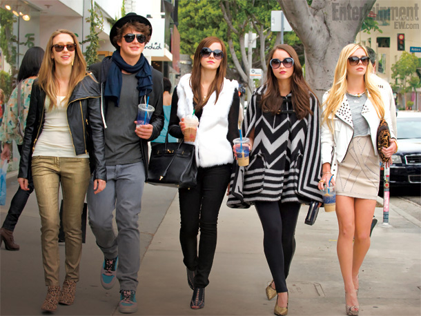 Check out this awesome first look of the 'Bling Ring' cast from Crushable!