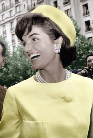 495954691 tbt: Jackie Kennedy and the Pill-Box Hat   ShopMieux