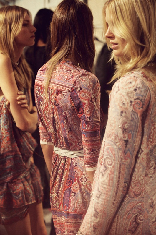 IsaBeautiful girls in beautiful clothes: Backstage at  Isabel Marant Spring/Summer 2013. Image via The Marant Philes.  bel1
