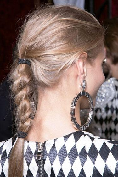 The Balmain Braid: Where model-ON-duty meets real-girl-OFF-duty. Image Credit