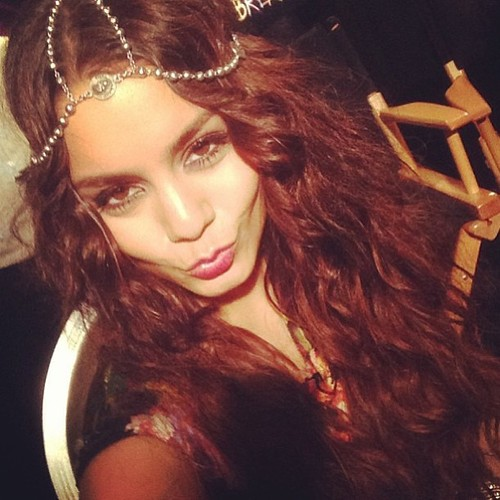 Beach hair and a bejeweled headpiece? Definitely not the Vanessa Hudgens I thought I knew! Image via Instagram.