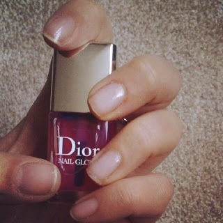 A subtly-sheer rose glow with Dior Nail Glow. For more images of the treatment on real women's nails, make sure to click through the links included throughout this post! Image via Pinterest.