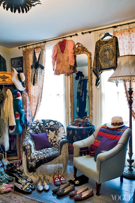 An iconic voice deserves an equally iconic space. Florence Welch's closet. Image via Pinterest.