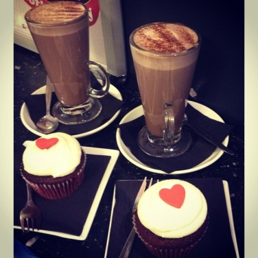 OMG, cupcakes and cocoa?! This is a  double-dose of red velvet goodness! Image via Pinterest.