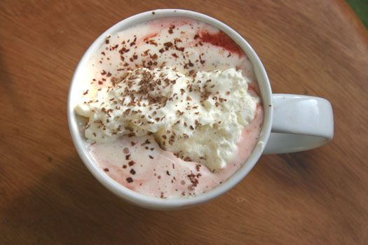 Top your hot chocolate with whipped cream, marshmallows, and colored sugar, mini chocolate chips, or sprinkles for an extra-decadent treat. Yummmm. Image via Pinterest.