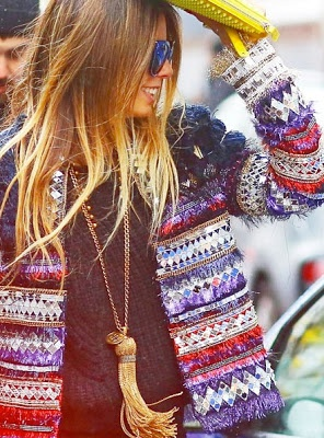 Perfectly styled life! If this photo doesn't make you want to up your accessory game with a tassel necklace, nothing will. Image via Pinterest.