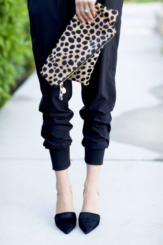 Prints, pants, & pointy toes: A prime example of expertly-styled dichotomy. Image via Pinterest.