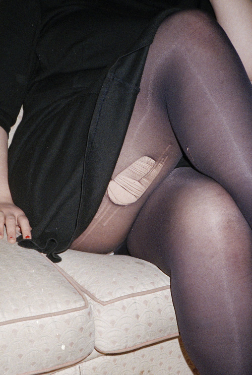 Score a monthly fix of legwear from Hella Tights and kiss rips goodbye. Image Credit.